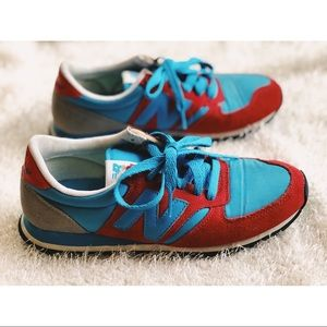 Women's New Balance 420 Red Blue Grey Sneakers